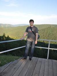 Игорь Богомолов
